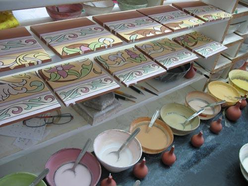 Mesa de trabajo azulejos pintados a mano