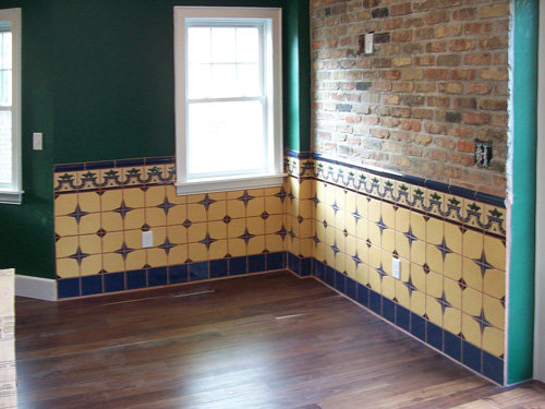 Rustic tiles in Illinois (USA)