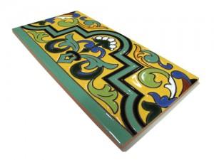 R138 Azulejo Remate 14x28 cm.
